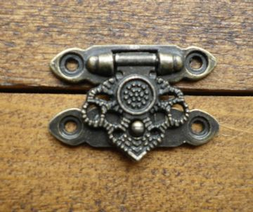 NEW Lock clasp closer latch hasp ornate c/w screws antique bronze finish C069